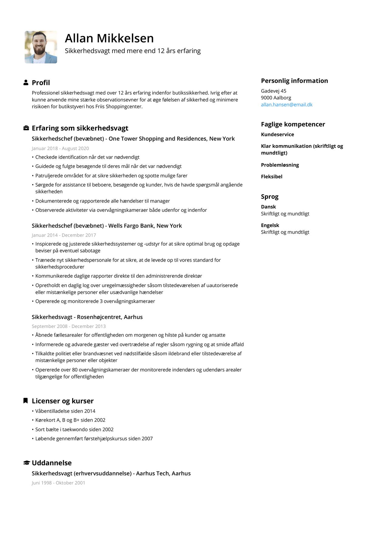 Billede af sikkerhedsvagts CV i omvendt kronologisk rækkefølge